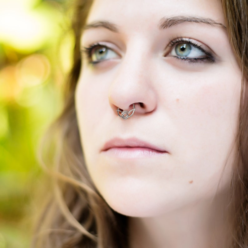 Clip On Septum Nose Hoop Silver Septum Cuff Tribal Fake Septum Ring Indian Septum Ring Dainty Septum Piercing Faux Septum Piercing