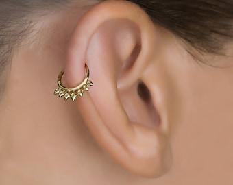Helix Hoop. Tragus Piercing. Gold Cartilage Hoop. Helix earring. Daith Piercing. Cartilage Jewelry. Tragus Earring. Cartilage Earring