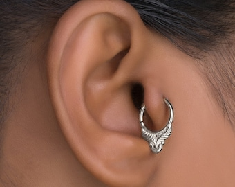 SIlver Daith Piercing. Tragus Earring. Tragus Hoop. Helix Earring. Cartilage Earring. Tiny Hoops. Tragus Jewelry. Tiny Earrings