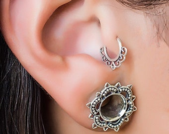 Silver Tragus Earring. cartilage earring.  tragus piercing. helix earring. tragus hoop.