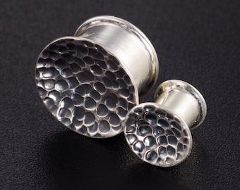 00 g plugs. silver ear plugs. Sterling silver unique ear plugs. wedding plugs