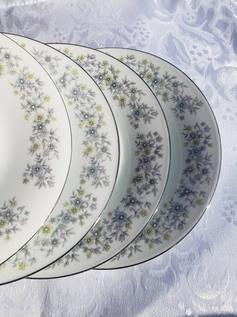 TEA CUP Dynasty Fine China ELEGANCE 1005 Blue Gray Green /& Lavender Flowers