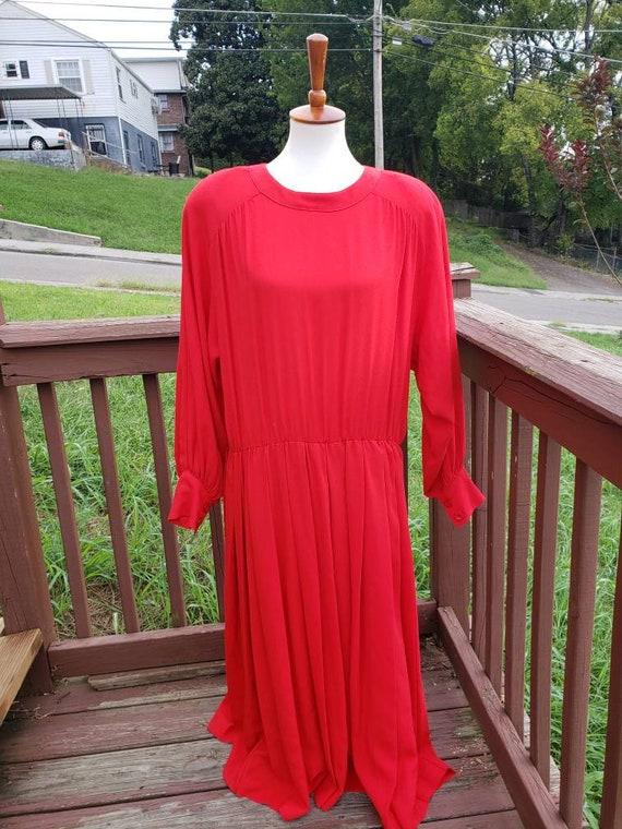 e3b28f19300 Vintage Albert Nipon Red Long Sleeve Flowy Dress