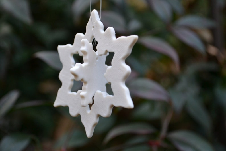 Handmade Snowflake Ornament made of Fine Porcelain with parts image 0