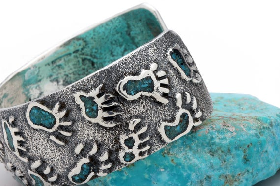 Bear Claw Chip Turquoise Inlay Bracelet