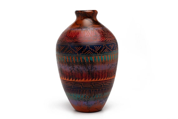 """4.5""""x 8.5"""" MD Sedona Red Rock Navajo Horse Hair Pottery, Native Handetched and painted with medicine symbols and prayer feathers - RED CLAY"""