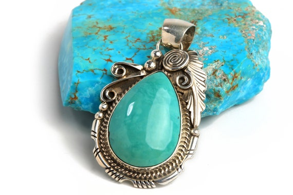 Lg Navajo Handmade Nevada Turquoise & Silver Pendant wedding feather detail