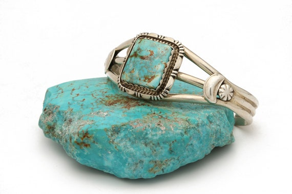 Genuine Natural Navajo Handmade Turquoise & Sterling Silver Bracelet Native American jewelry, bohemian beach wedding.