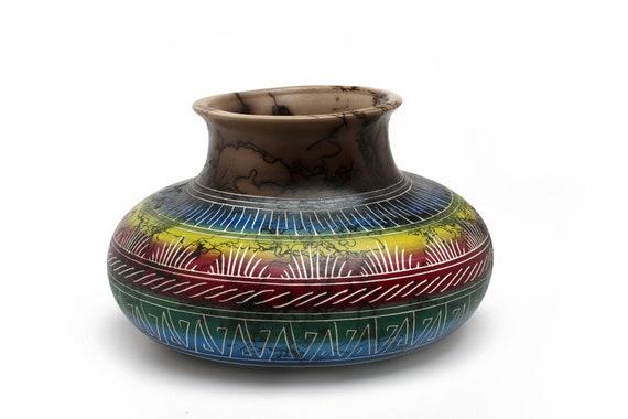 "7""x5"" MD Navajo Horse Hair Pottery - WHITE CLAY"
