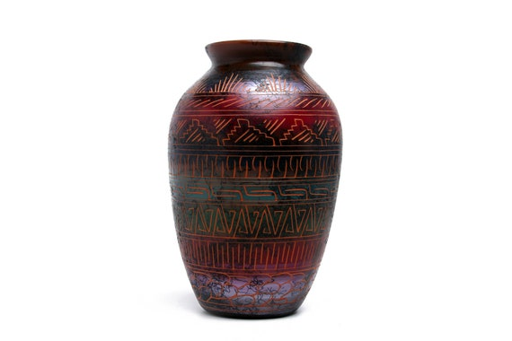 6x10 MD Sedona Red Rock Navajo Horse Hair Pottery, Native Handetched and painted with medicine symbols and prayer feathers - RED CLAY