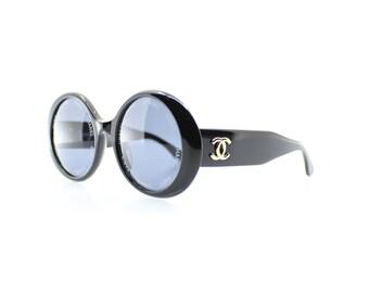 2efd5882779b1 Vintage Chanel 01949 94305 Sunglasses