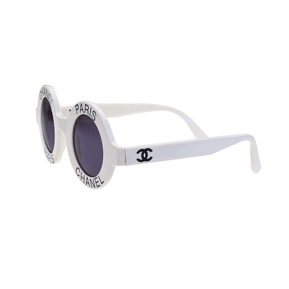 codice promozionale c065a b7661 Vintage occhiali da sole Chanel 01945 10601