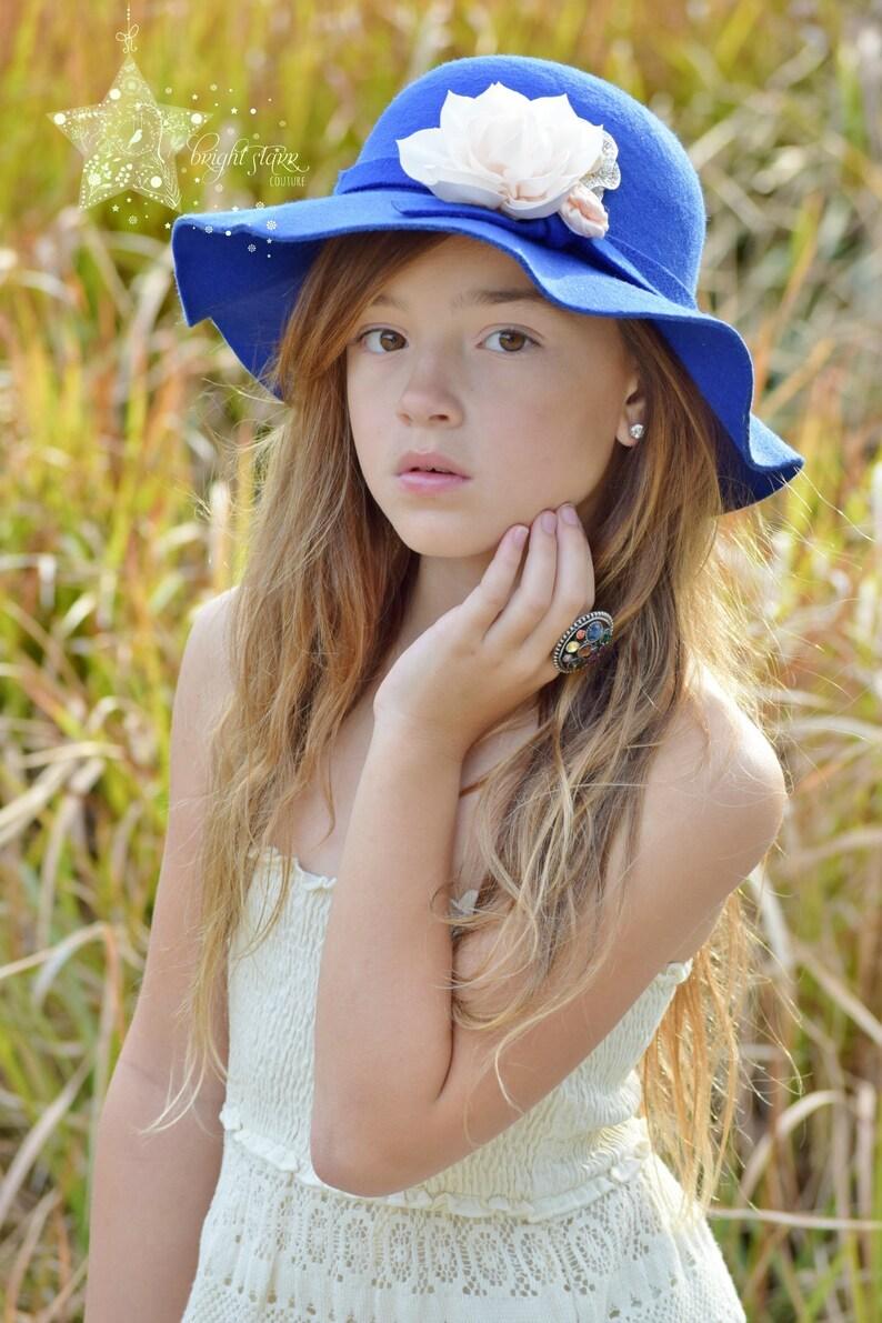 7d11fa8f8 Blue girls floppy hat - floppy sun hat - floppy hat - hat - felt hat - sun  hat - womens hat - felt sun hat - blue womens hat