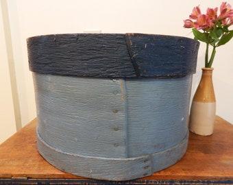 Antique Pantry Box - Farmhouse Kitchen Decor - Antique Shaker Box - Primitive Cheese Box