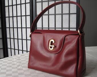 7a9699bc1c7 Vintage Red Gucci Handbag purse