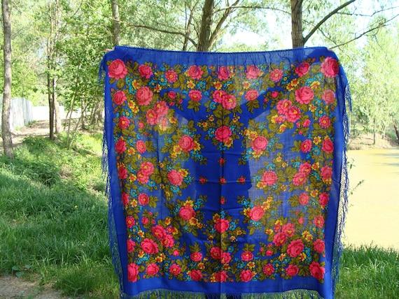 Russian shawl Russian scarf Ukrainian shawl Wool S