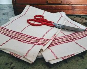 Paris Flea Market - Vintage - Linen Towels - French Stripe - Brocante  - Tea Towels - Kitchen Towels - Rustic Farmhouse - 20's - Torchons
