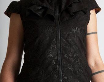 Jabot jacket///Frilled Lace Collar//Black Vest woman//Short sleeves jacket///Gothique///Steampunk///Victorian///BABETH Suede///MIMISAN