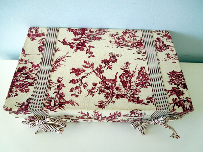 fb4a7c2235 Red Toile de Jouy Fabric Covered Box Vintage Fabric Rectangular 12 1/2