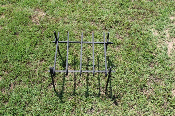 "18"" Campfire Grate with 8 cross bars"