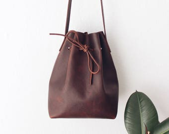 brown oiled leather bucket bag, string bag, leather tote bag, leather bag,boho, crossbody bag