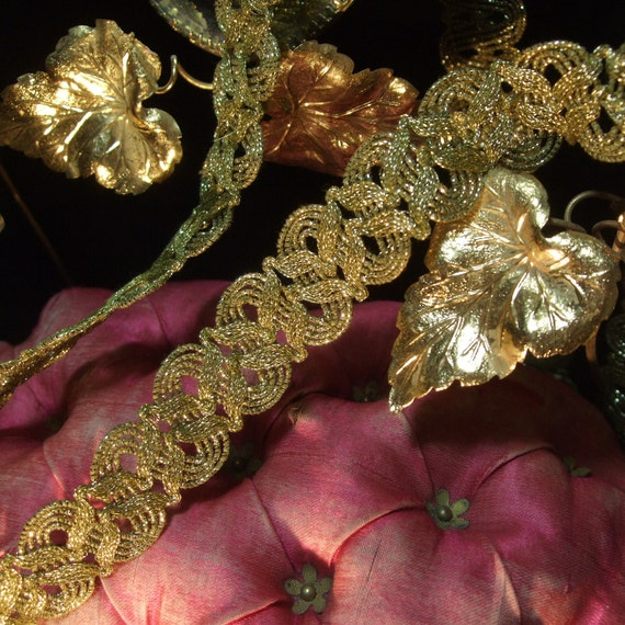 "Antique gold metallic trim high metal content bead braid lace 3//4/"" c1920 vtg BTY"