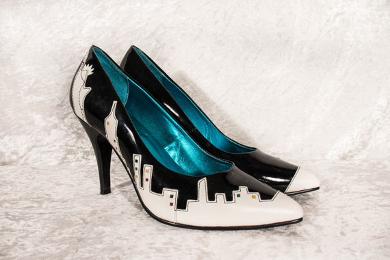 Unique Irregular Choice New York Skyline Heels