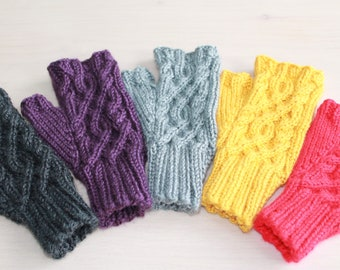 3dc02b935 Knit fingerless gloves