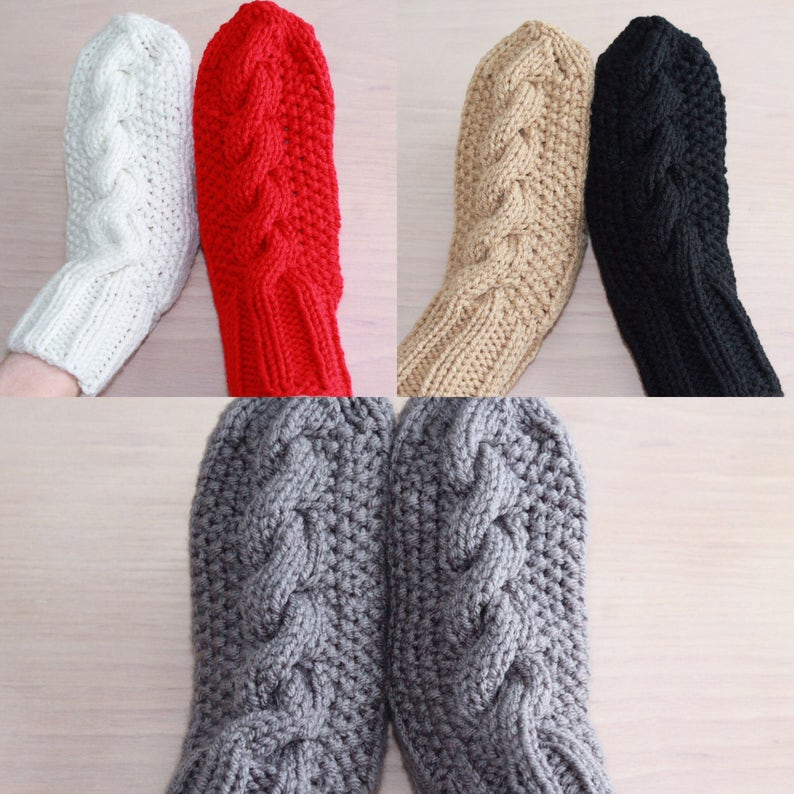 Womens cable knit mittens in 5 colors image 0