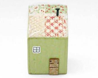 Cottage Ornament, Reclaimed Wood Cottages, Wooden House, Little Wood Houses, Wood Houses, House Ornaments Decorative, Miniature Wooden House