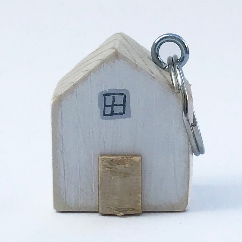 White House Key Ring Home Keychain Moving Away Gift Wood  c9d64d3aa4b0