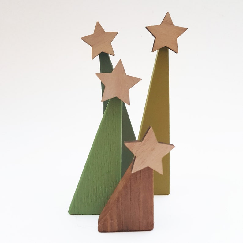 Christmas Trees Made From Pallets.Wooden Christmas Tree Set Made From Pallets Reclaimed Wooden Christmas Decorations Pallet Christmas Ornaments Wooden Christmas Tree Set