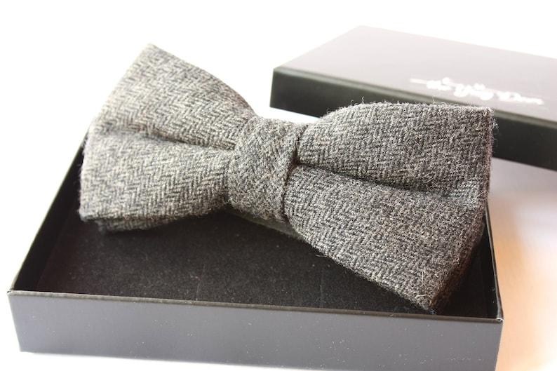 5e57d7cb243c Dark grey Wool Bowtie for Men. Herringbone Bowtie. Bow tie for   Etsy
