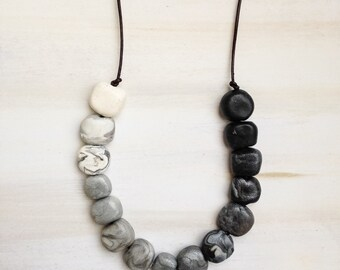 Black and White Bead Necklace//Polymer Clay Bead Jewellery//Stone Bead Jewelry//Gift for Her//Bohemian Jewellery//Gift for Her//Gift for Mum