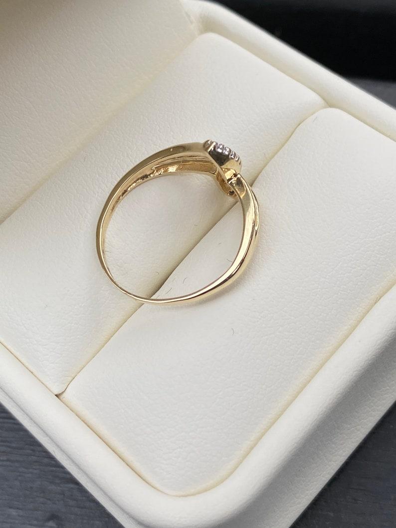 5.5 10k Two Tone Gold Diamond Statement Ring Size