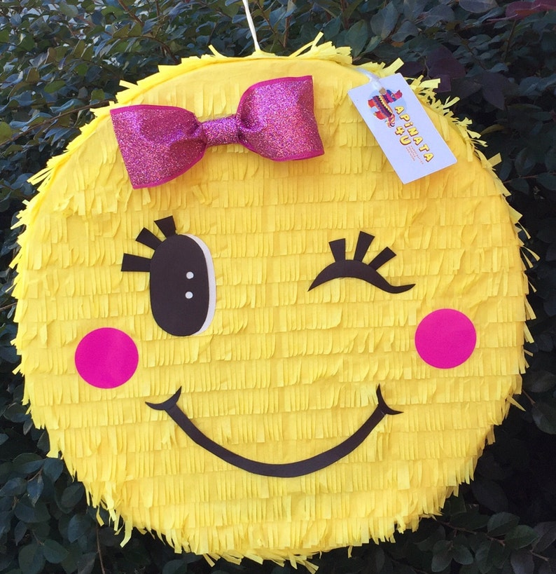 Sale Pink Bow Emoticon Pinata image 0
