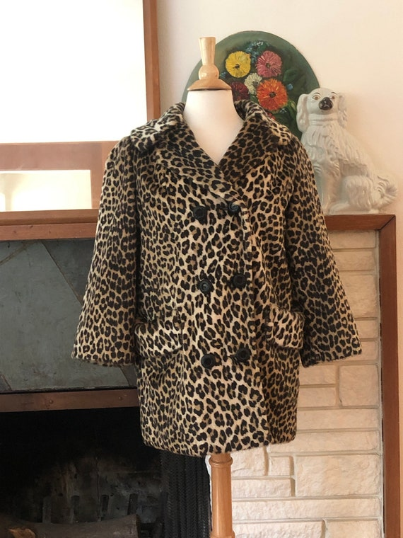 """Double-breasted leopard coat """"Somali"""" by Sportowne"""