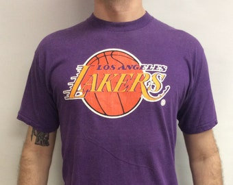 22dc6e9893d Vintage 80 s Original Los Angeles Lakers Basketball T-shirt (Made in USA)  (Size XL)