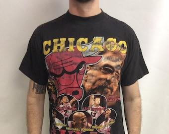 1c81f7056 Vintage 90 s (1996) Chicago Bulls NBA Basketball World Champions T-shirt (Size  XL)