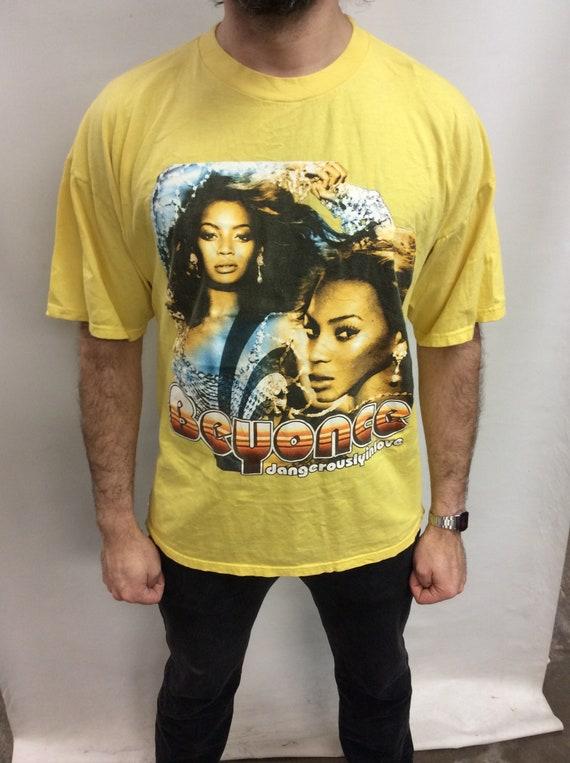 Vintage Beyonce Dangerously In Love R&B Singer Que