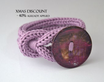 Bracelet with crocheted cuff color wisteria with coconut button crochet cotton knot bracelet lilac with coconut button, wrist bracelet