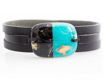 Black and blue leather bracelet and fused glass, women jewelry, bracelet leather fused glass cuff, fused glass bracelet