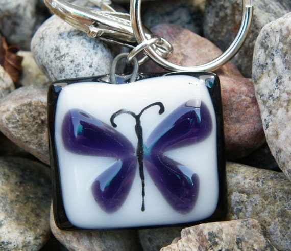 Fused glass keychain, Beautiful butterfly , handmade fused glass keychains, key holder