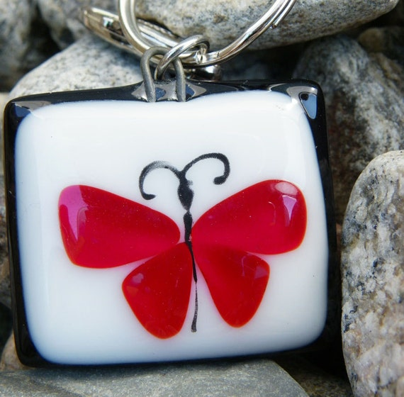 Fused glass keychain, Beatiful butterfly , handmade fused glass keychains, key holder