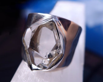 HERKIMER DIAMOND RING set in Sterling Silver - Size 8.5 (Q1/2)
