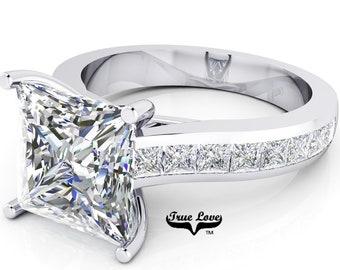Moissanite Engagement Ring Trek Quality #1  D-E Color VVS Clarity , Side Moissanites  Brand: True love 14 kt White Gold.  #6943