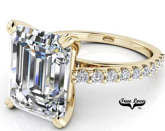 Emerald Cut Moissanite Engagement Ring Trek Quality #1 VVS Clarity D-E Colorless or G-H near Colorless set in 14 kt Yellow gold #6821