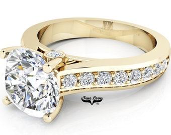 Moissanite Engagement Ring Trek Quality #1  D-E Color VVS Clarity , Side Moissanites  Brand: True love 14 kt Yellow Gold.  #6962