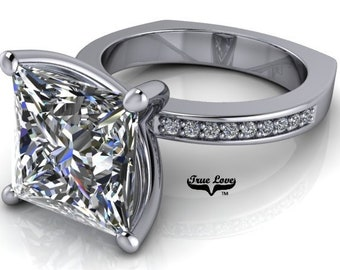 Princess Cut Moissanite Eng. Ring Platinum, From 1 up to 5 Carat Trek Quality #1 VVS Clarity  D-E Colorless or G-H near Colorless #7050P