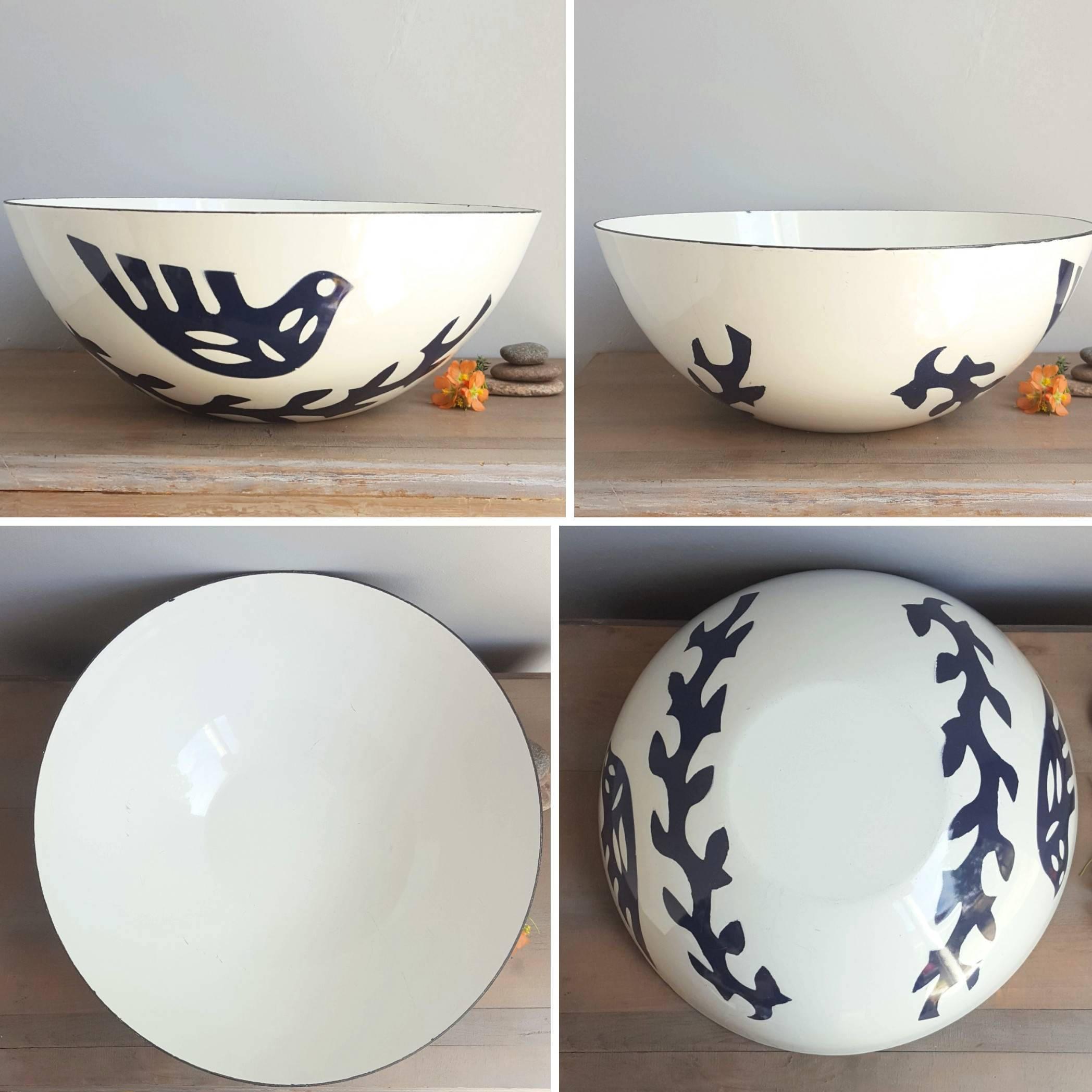 Hanova of Pasadena Dove 4 Bowl Set, 1960s Vintage Danish